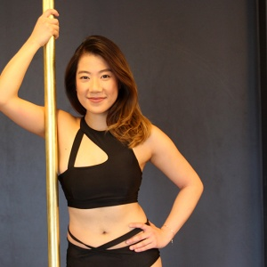 Pole Athletica student Mandy Loi
