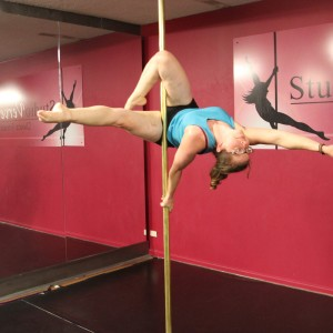 yasmine on the pole